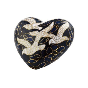 Forever in our Hearts - LOVES LOCKET - Heart Shape Cremation Ashes Keepsake – DOVES OF PEACE
